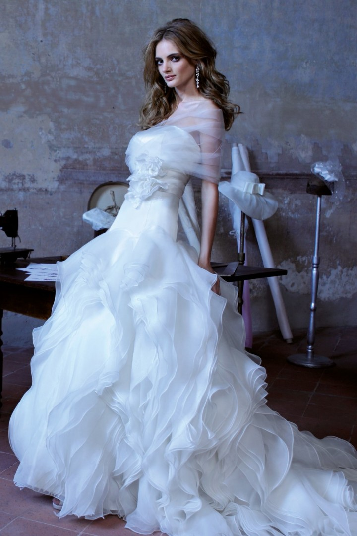 alessandra-rinaudo-wedding-dress-25-10182014