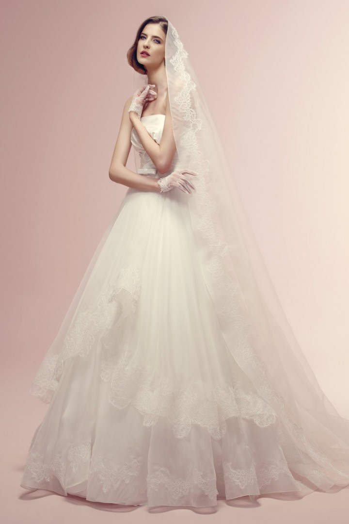 alessandra-rinaudo-wedding-dress-32-10182014