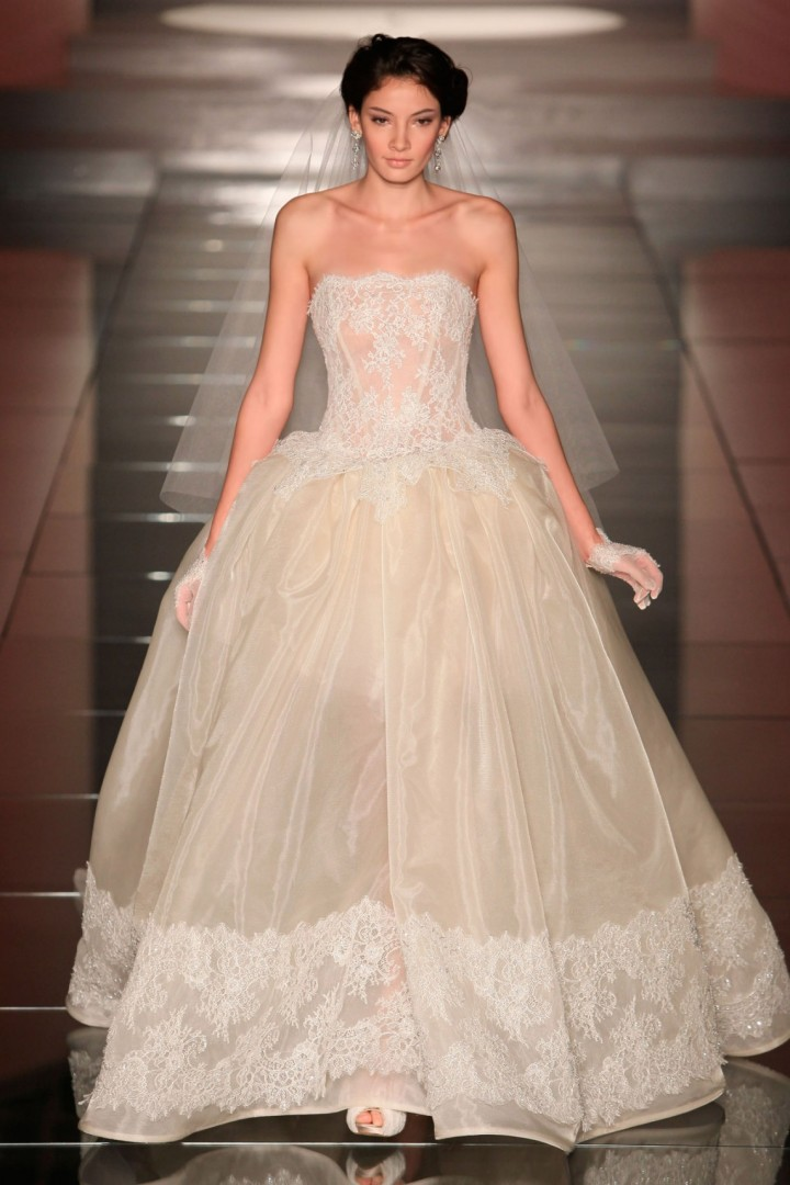 alessandra-rinaudo-wedding-dress-9-10182014