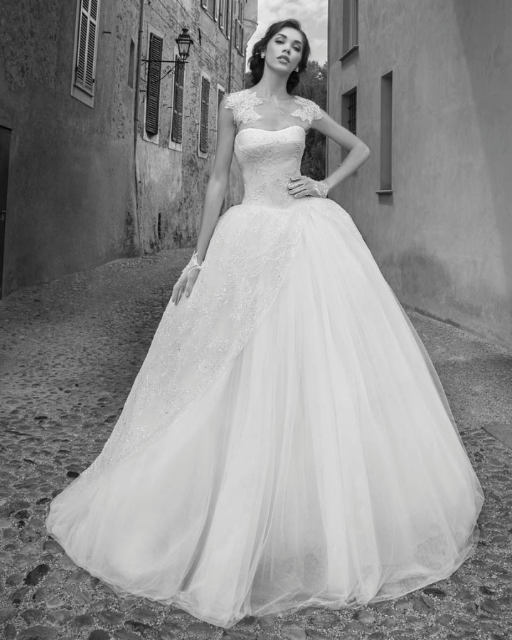 alessandra-rinaudo-wedding-dresses-12-10012014nz