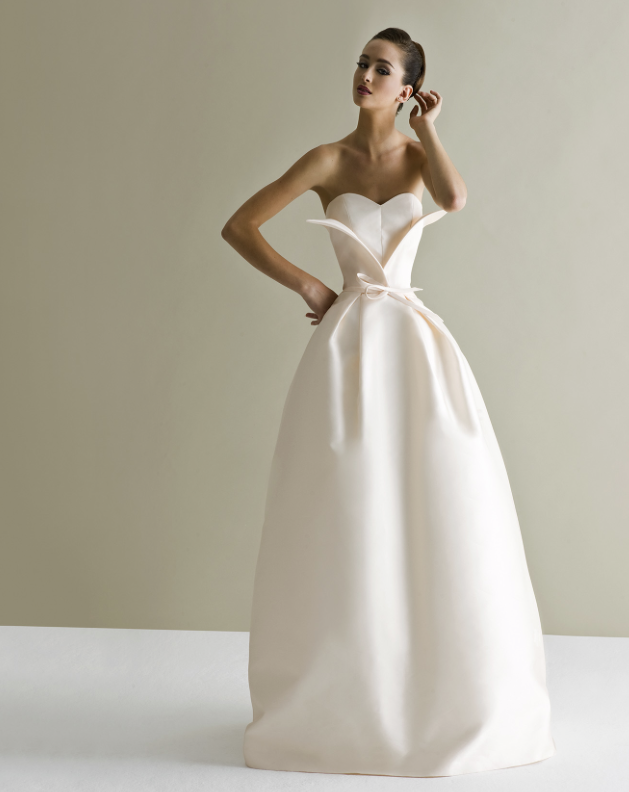 antonio-riva-wedding-dress-25-10162014nzy