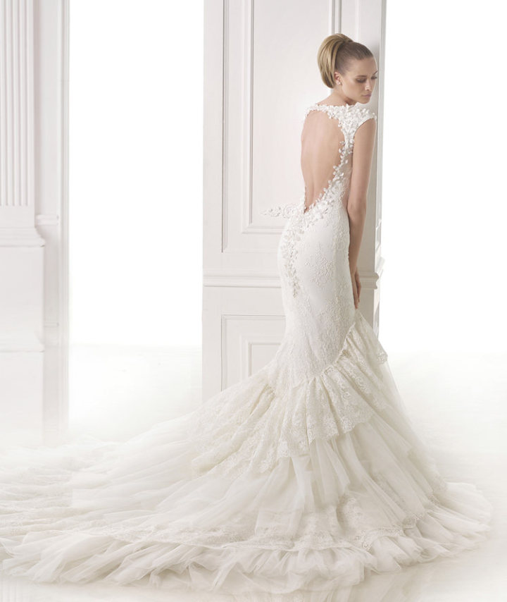 Download this Pronovias Wedding Dress picture
