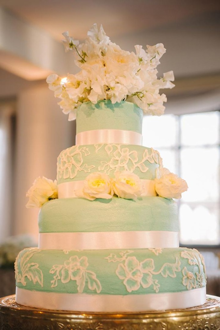 Discover 36 romantic wedding cake designs - MODwedding