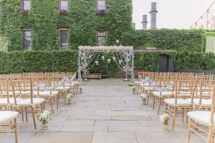 Romantic Outdoor New York Wedding At The Foundry