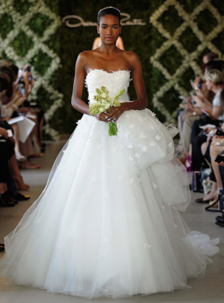 The Best Oscar de la Renta Wedding Dresses - MODwedding