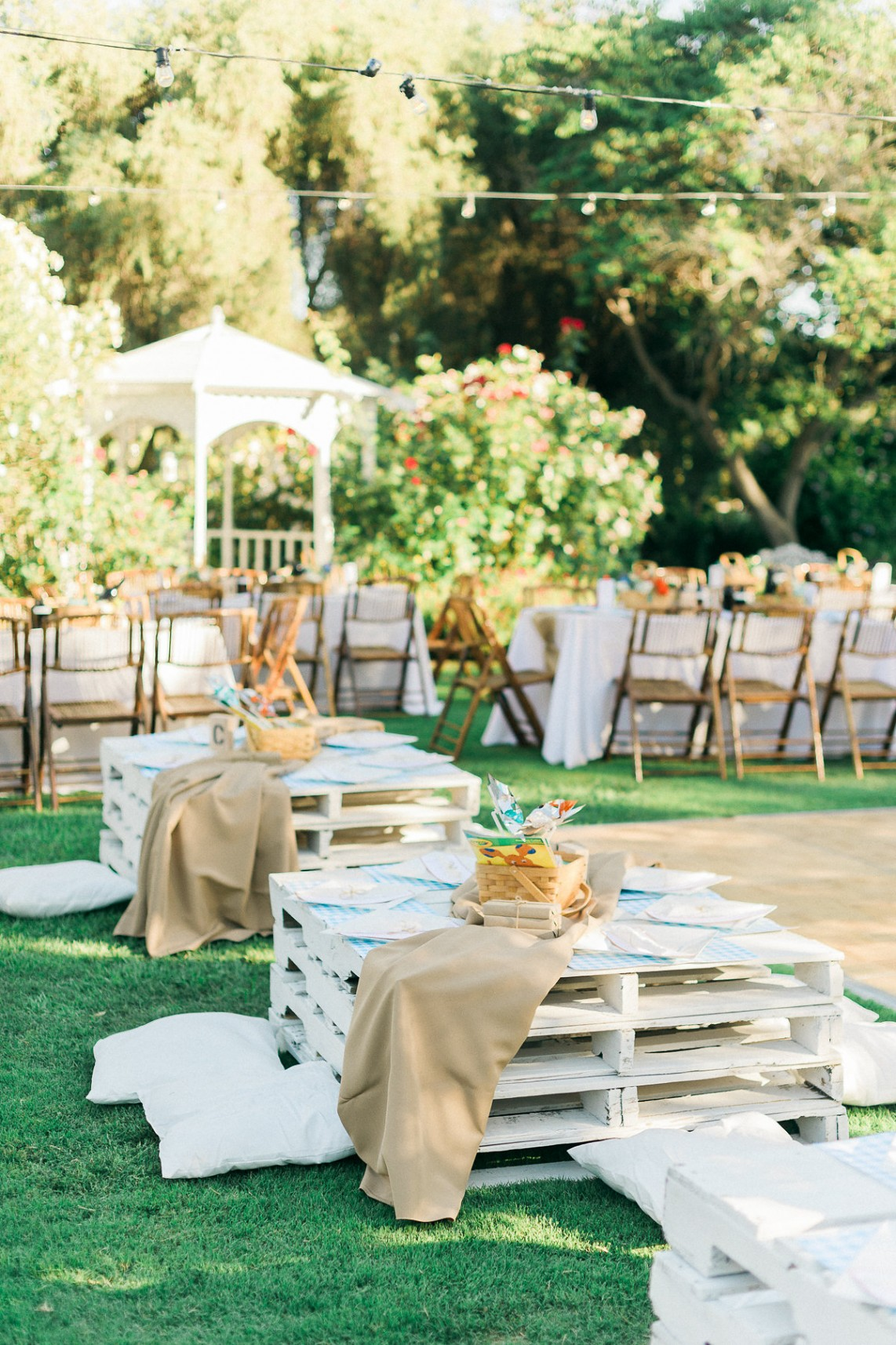 Cute Picnic California Wedding Modwedding