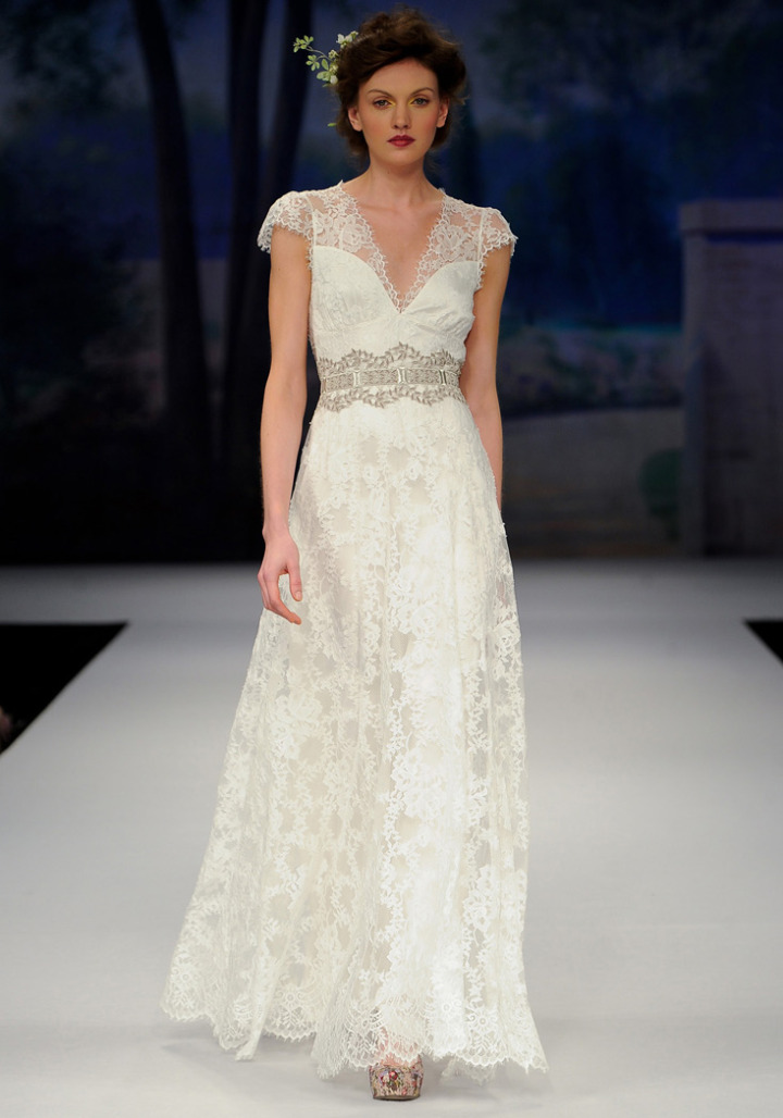 Claire pettibone wedding dresses modwedding for Wedding dress claire pettibone