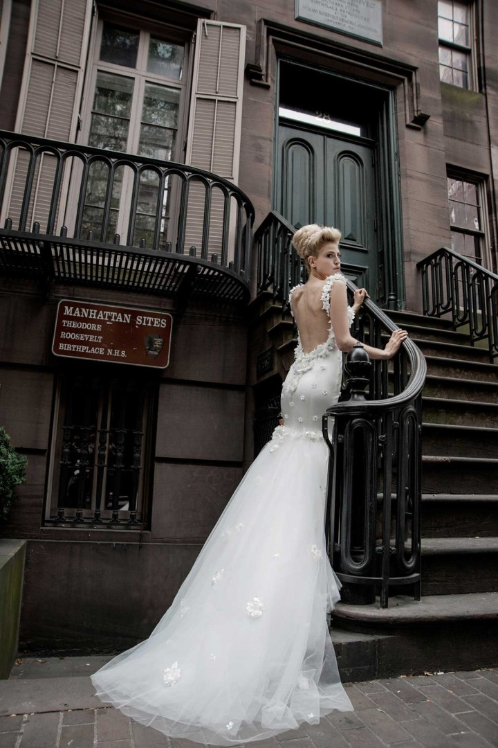 pnina-tornai-wedding-dress-28-12232014nz