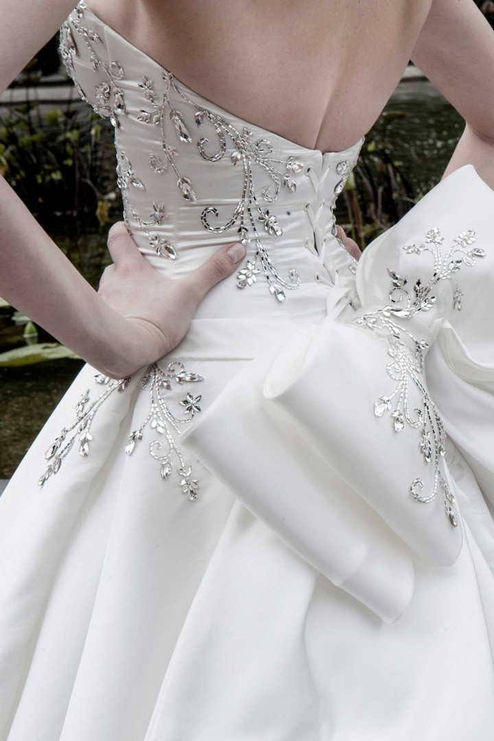 pnina-tornai-wedding-dress-6-12232014nz