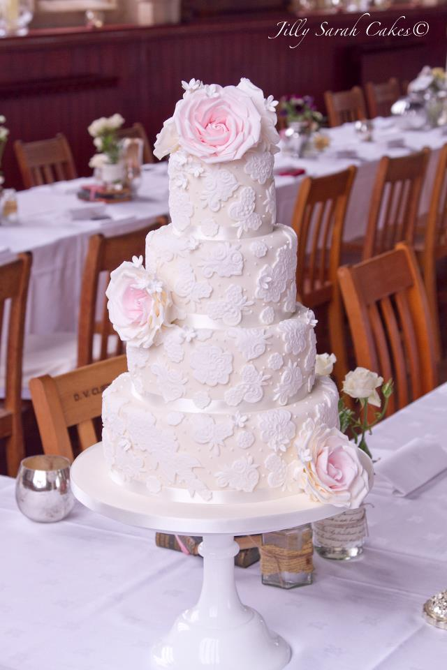 super one wedding cakes chic wedding cake inspiration modwedding 20632