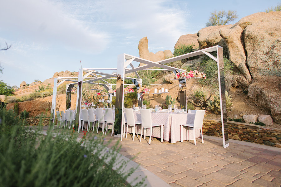 A Cool Modern Arizona Wedding