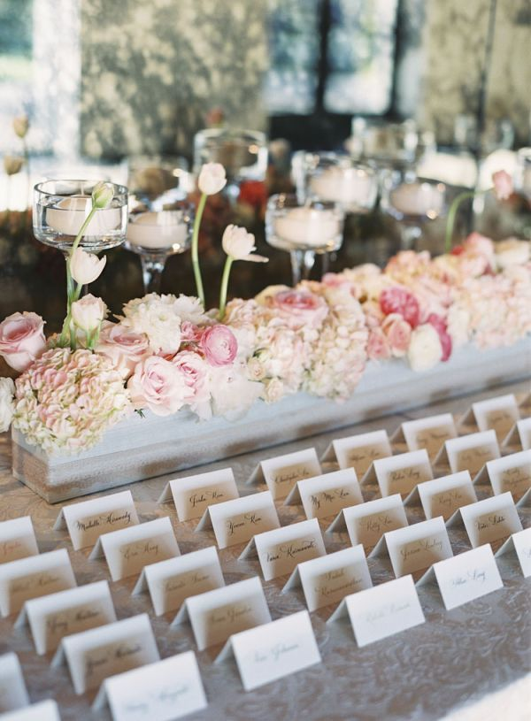 Gorgeous wedding escort card ideas to lead the way for Ideas for wedding place cards table