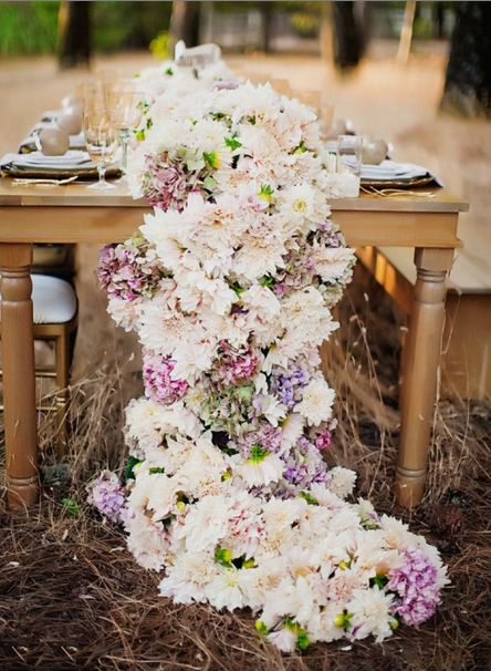 Wedding Ideas: Gorgeous Table Runner Centerpiece Designs