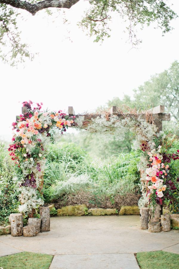 Picture-Perfect Wedding Ceremony Altar Ideas - MODwedding
