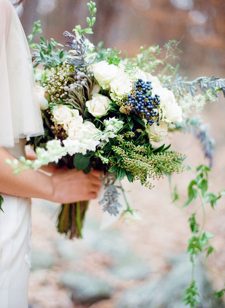 wedding-bouquets-9-02212015-ky