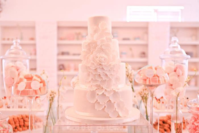 wedding-cakes-15-02152015-ky