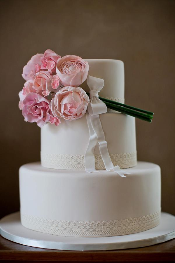 wedding-cakes-22-02152015-ky