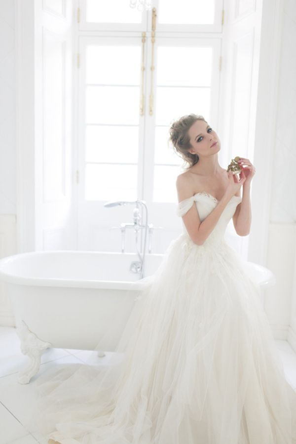 wedding-dresses-11-02262015-ky