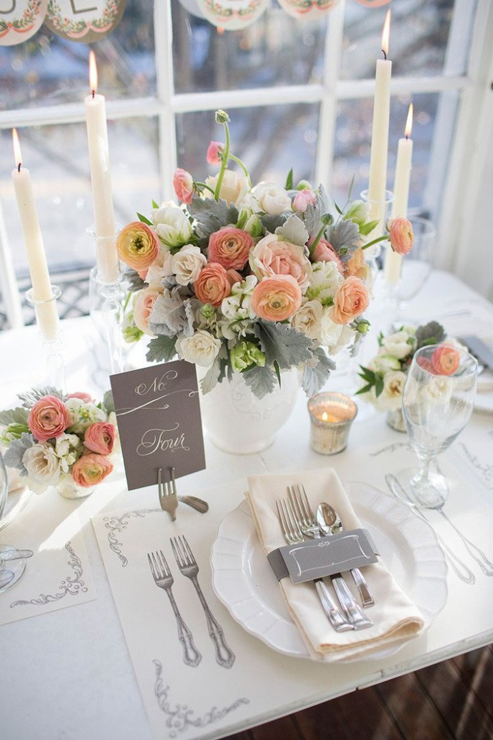 20 impressive wedding table setting ideas modwedding for Small table setting ideas