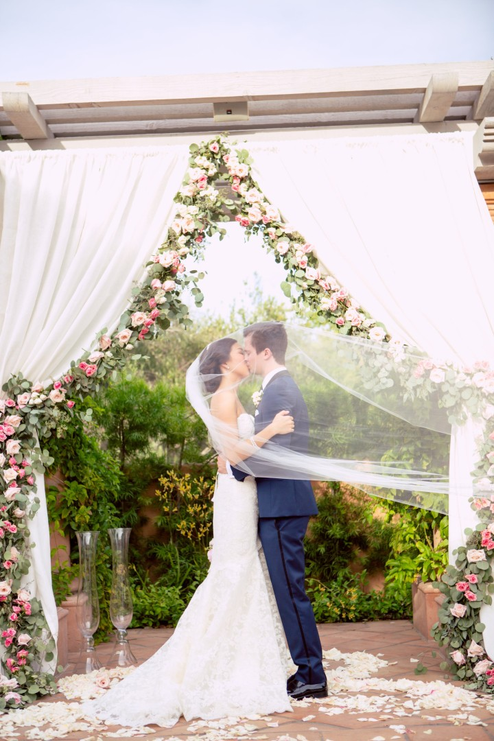 View More: http://oncelikeaspark.pass.us/chelsea--stephen--wedding