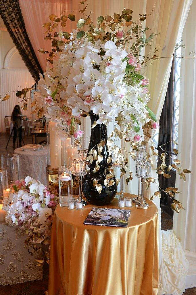 Glorious New Orleans Wedding Reception At Crystal Palace