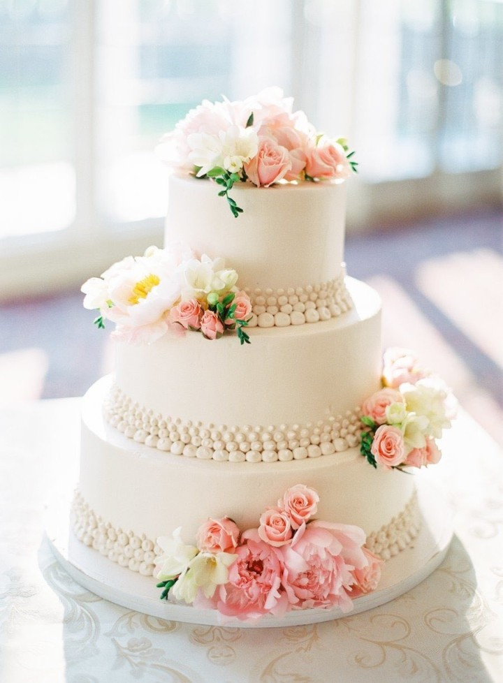 wedding-cakes-25-04162015nz