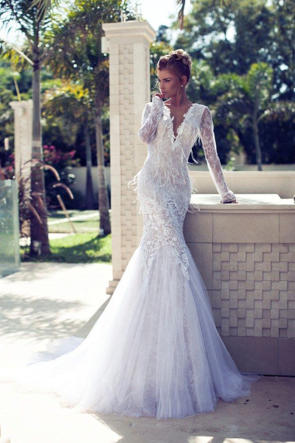 Editors\' Picks: Hottest Backless Wedding Dresses of 2015 - MODwedding