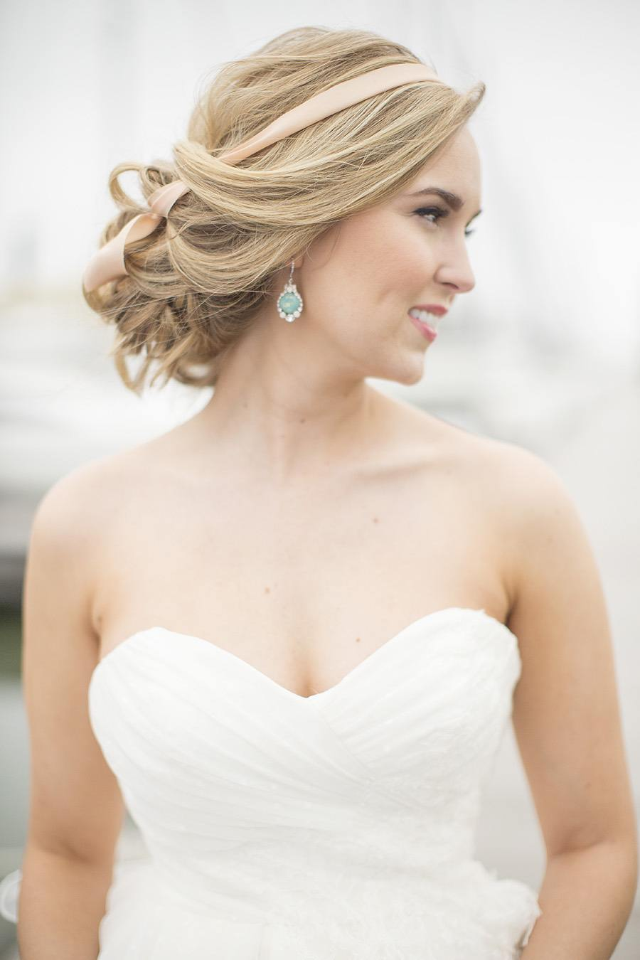 Waves, Curls and Updos: Wedding Hairstyles for a Romantic Bridal ...