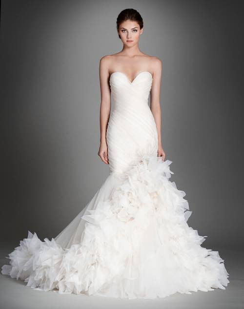 lazaro-wedding-dress-2015-27-06252015nz