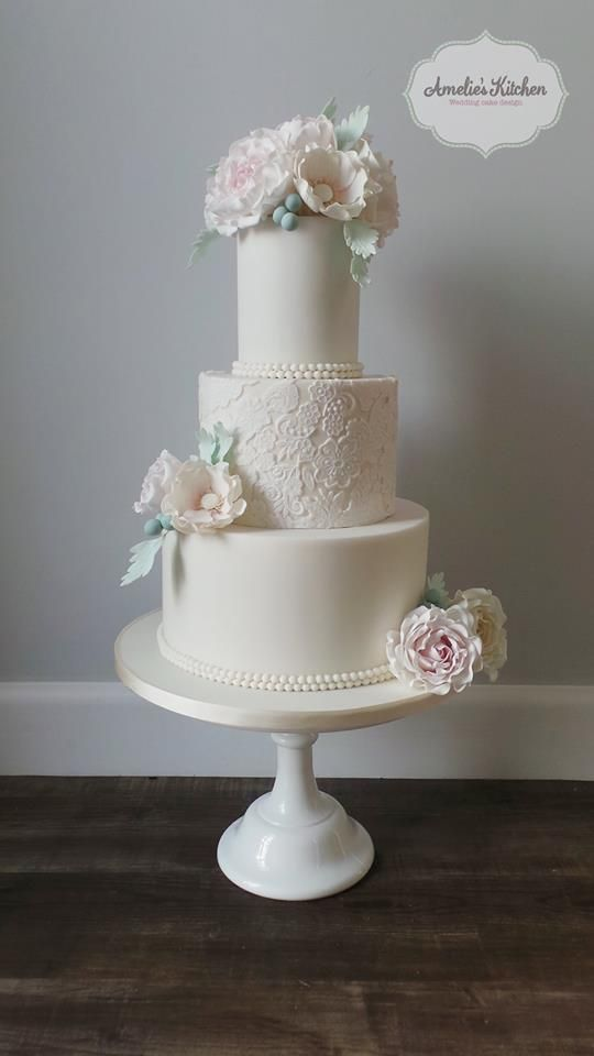 most intricate wedding cakes 22 glamorously intricate wedding cakes modwedding 17580