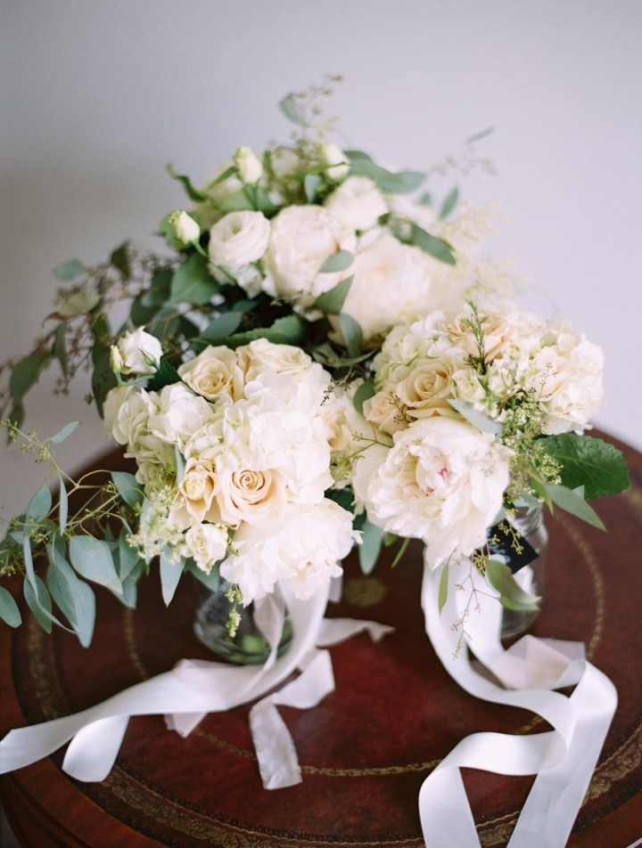 Canada Wedding With Chic White And Green Decor Modwedding