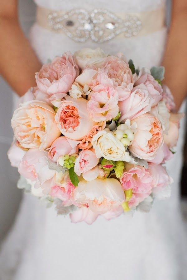 wedding-bouquets-9-07012015-ky