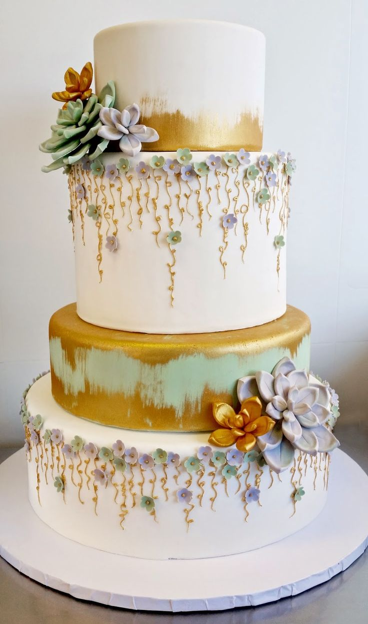 Floral Base Wedding Cake
