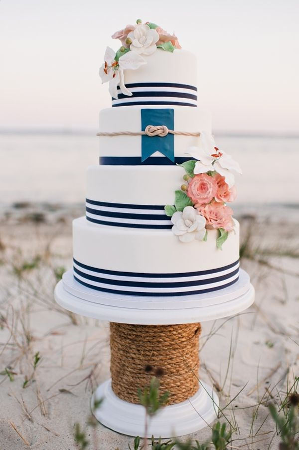 wedding-cakes-14-07162015-ky