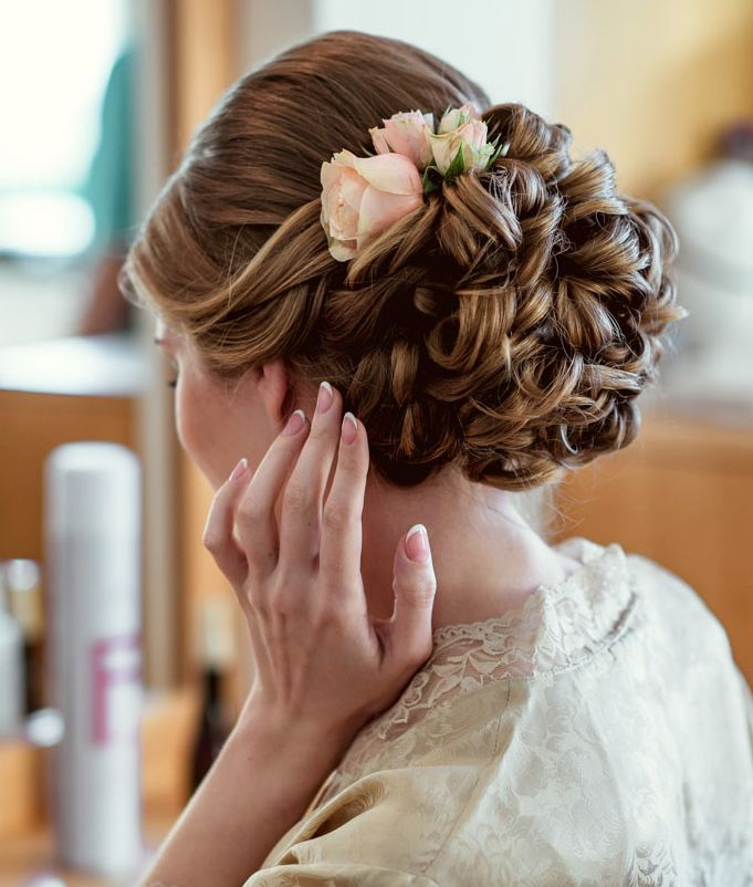 Bridal Updo Flower : Styleish and sophisticated wedding hairstyles modwedding
