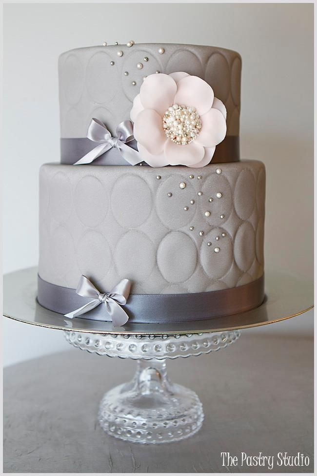 Wedding Cakes Grey And White On Stands  Tiers