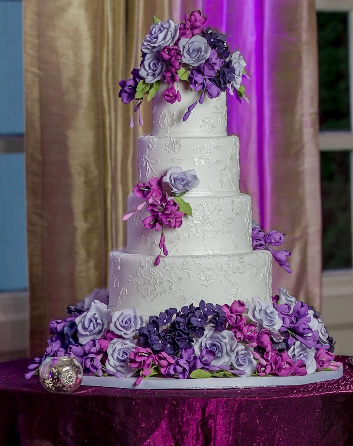 wedding cake lavender color delightful wedding ideas with luxurious cakes modwedding 23064
