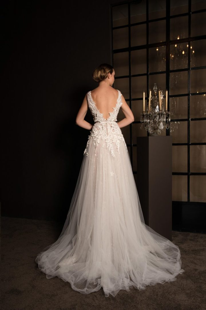 Sophisticated Anna Georgina Wedding Dresses From The Gold