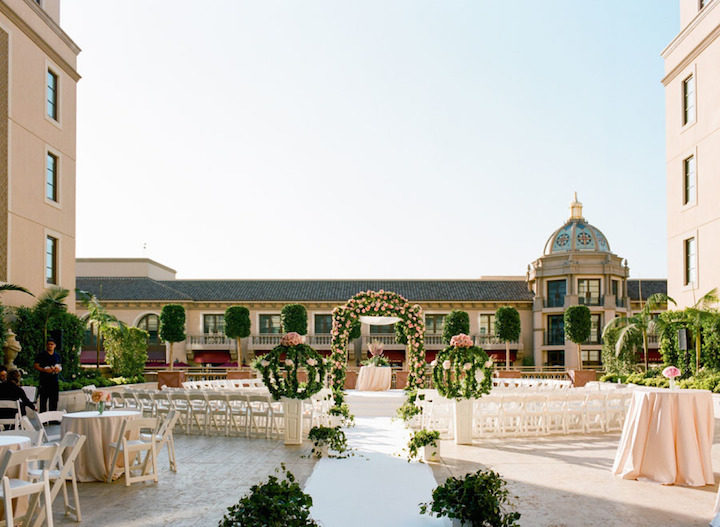 Elegant and Luxurious Beverly Hills Wedding - MODwedding