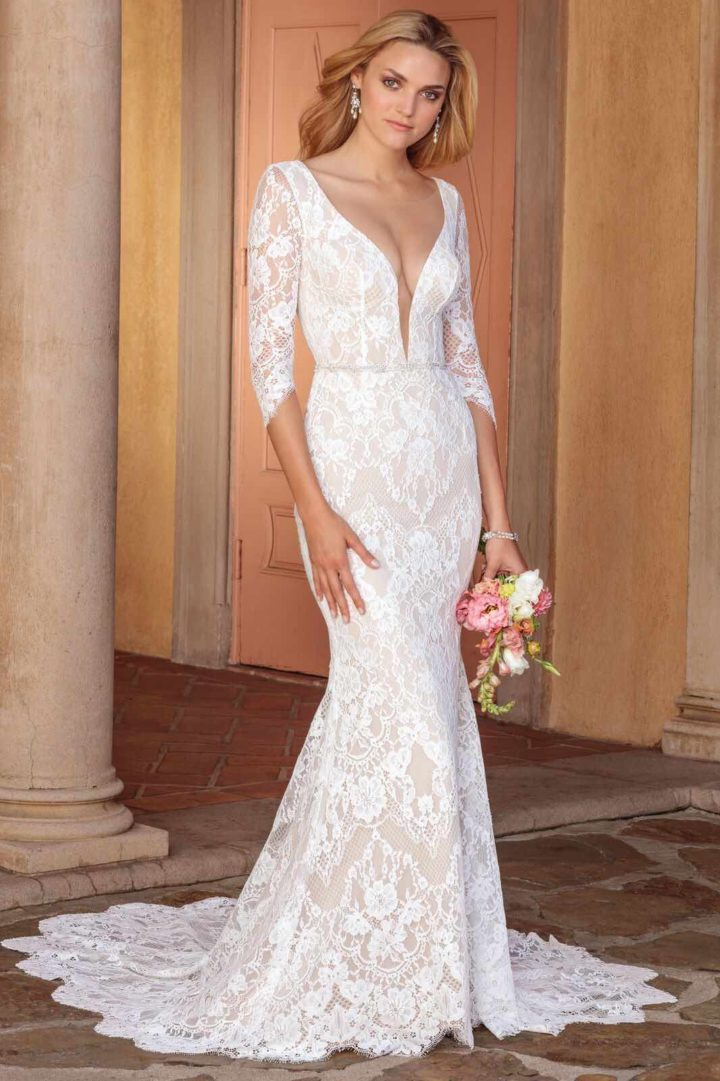 Casablanca bridal wedding dresses with sophisticated for Simple form fitting wedding dresses