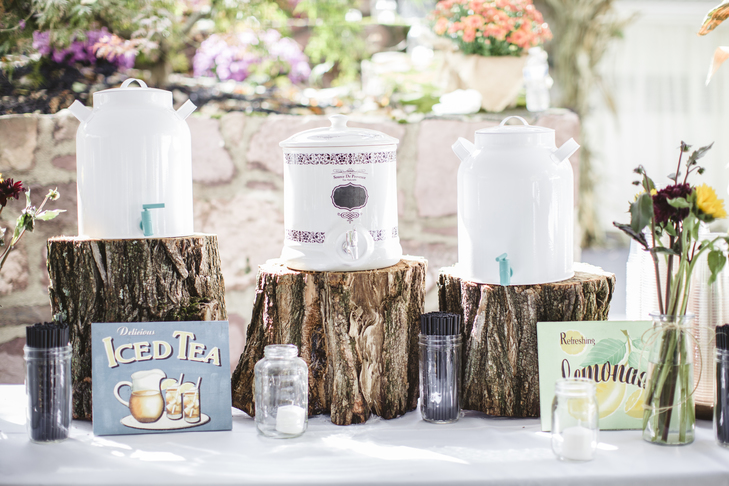 Wedding Planning on a Budget: Don't Go Overboard on Cocktail Hour