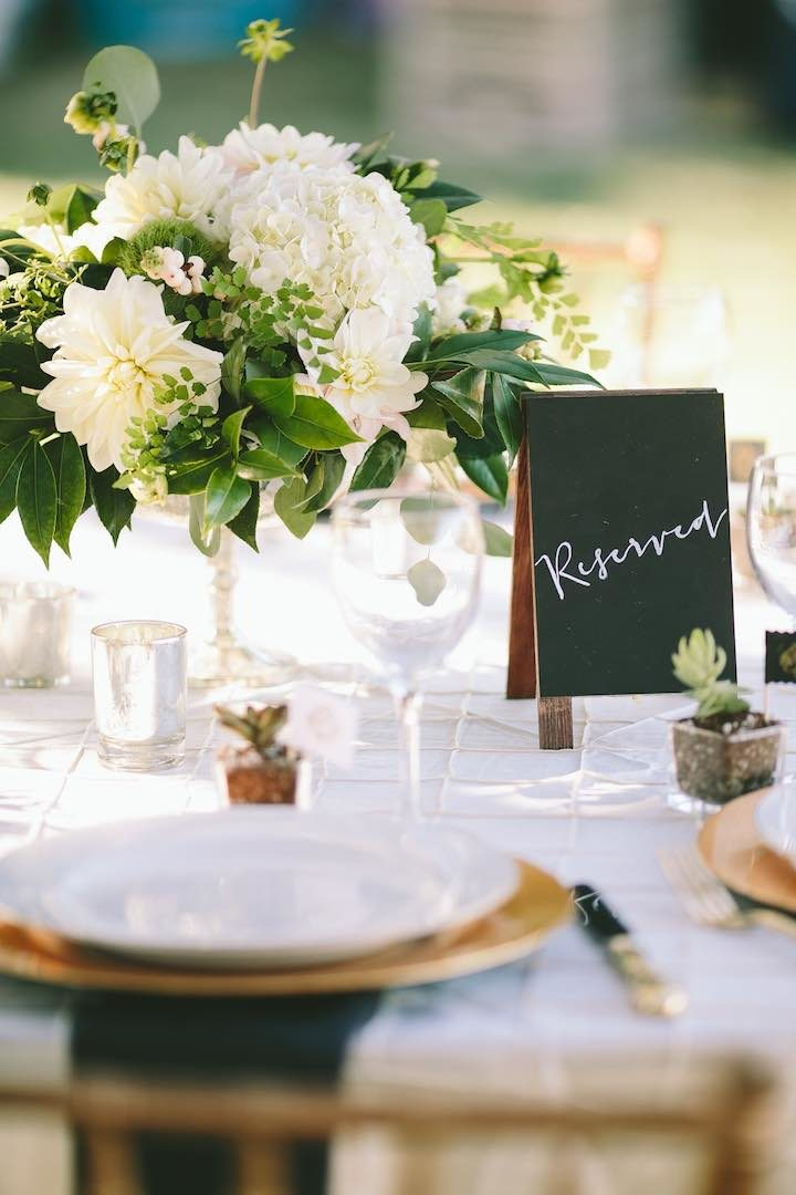 romantic al fresco oregon wedding