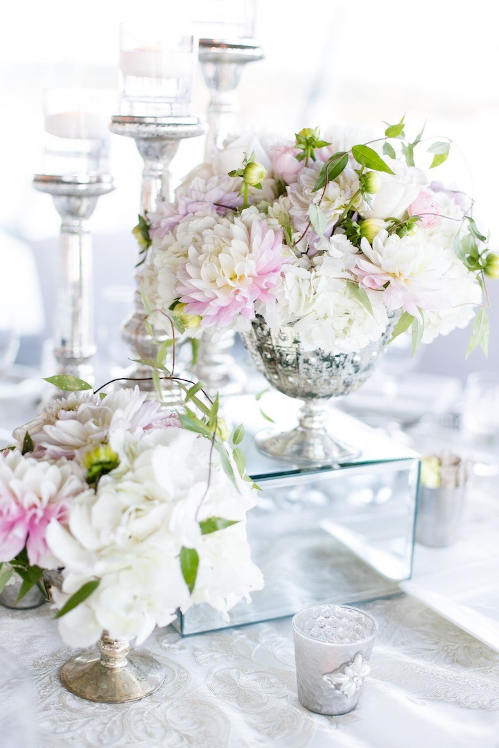 Nadia Hung Photography via Mod Weddings, Flowers & décor by Flowerz