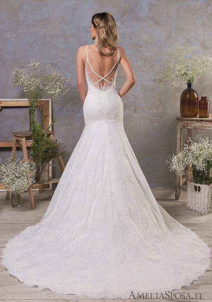 Classic feminine beauty in these amelia sposa wedding for Amelia sposa wedding dresses