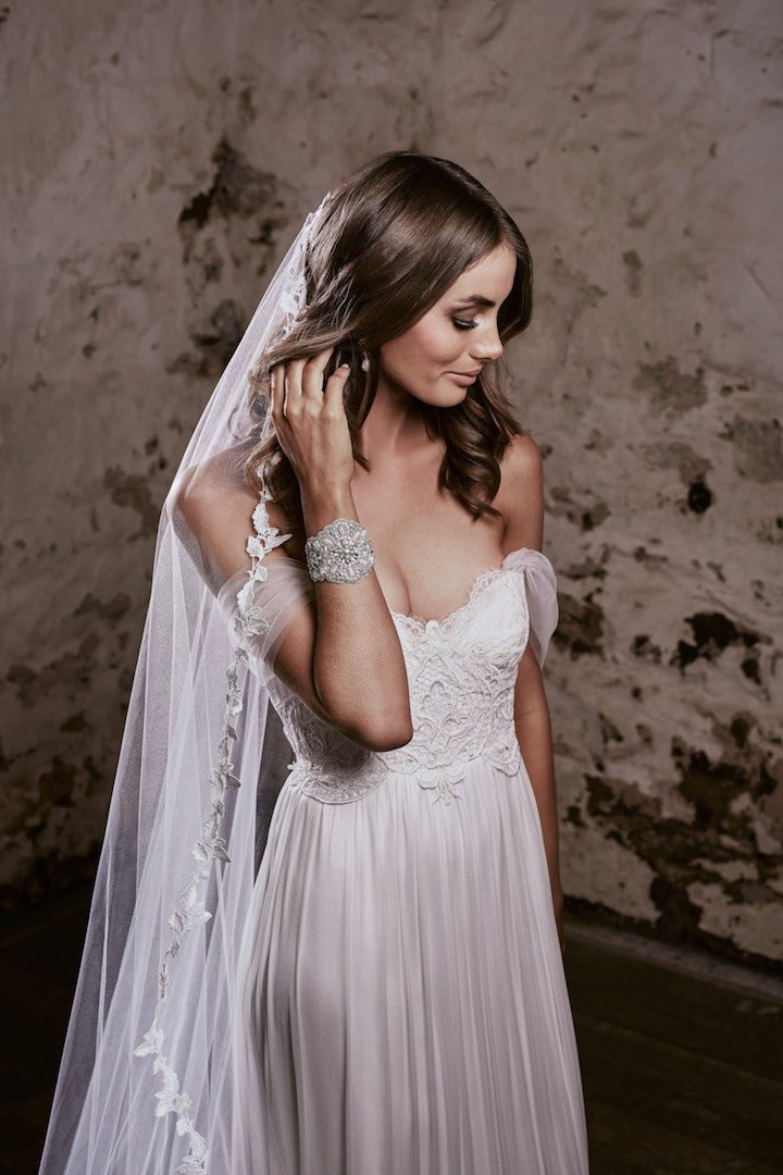 Ethereal Anna Campbell Eternal Heart Collection Modwedding