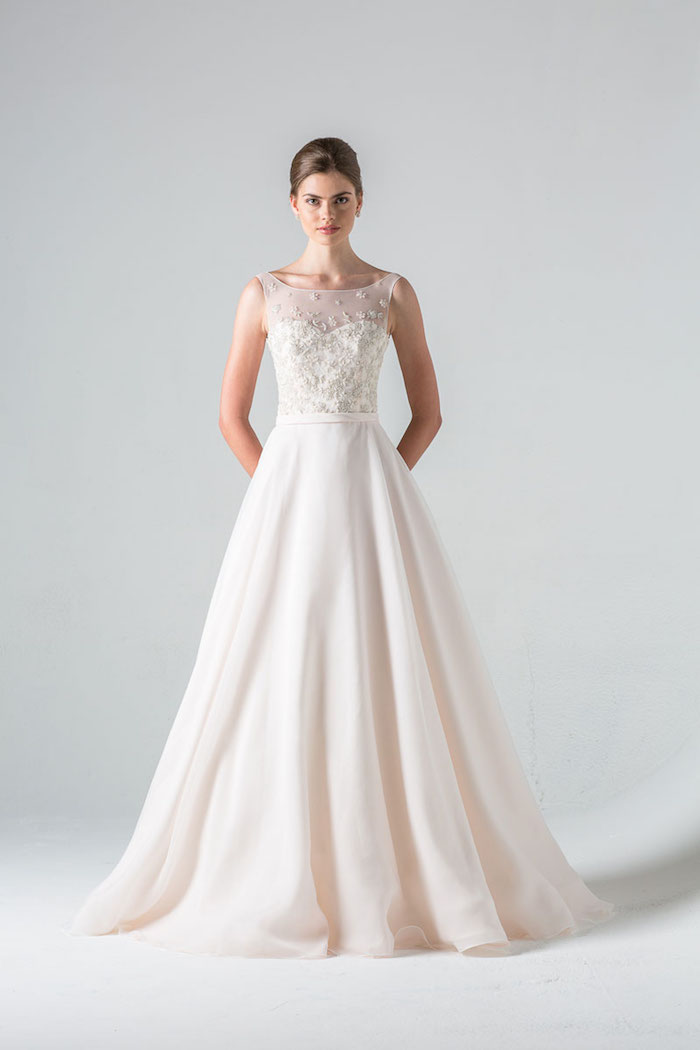 Anne barge wedding dresses 2016 modwedding for Good wedding dresses for short brides