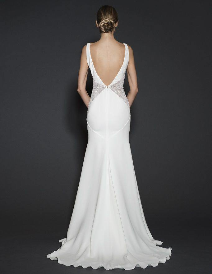 backless-wedding-dress-7-082515ch
