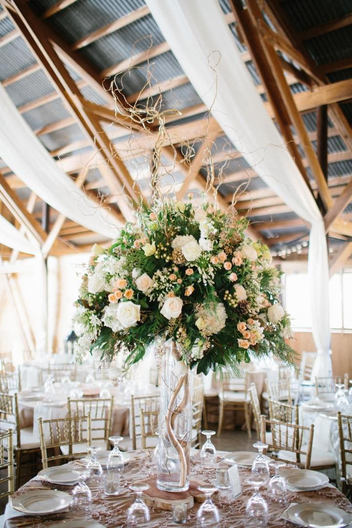Rustic Barn Wedding With Elegance