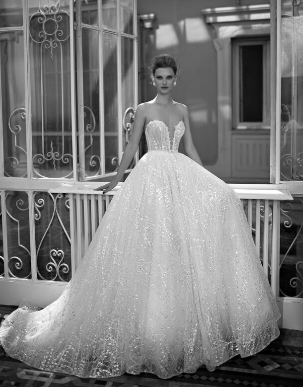 Berta Wedding Dresses 27 11182017 Km