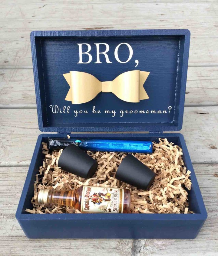 Wedding Gifts For My Groomsmen : Photo via rycess.blogspot.com Featured Product: LuxDesignsBoutique
